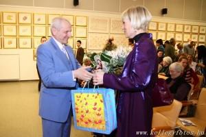 sri_chinmoy_jharna_kala_budapest_2011_09